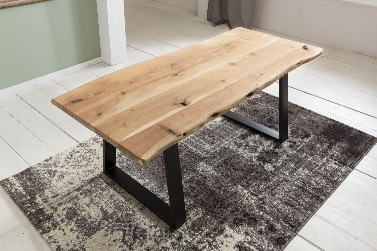wohnling esszimmertisch gaya baumstamm massivholz akazie. Black Bedroom Furniture Sets. Home Design Ideas