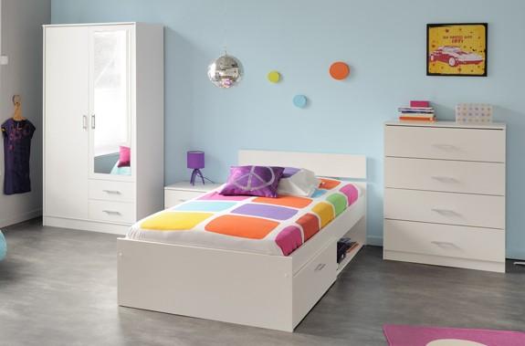 4 teiliges Kinderzimmerset mit Bett, Kommode, Kleiderschrank und Nachttisch