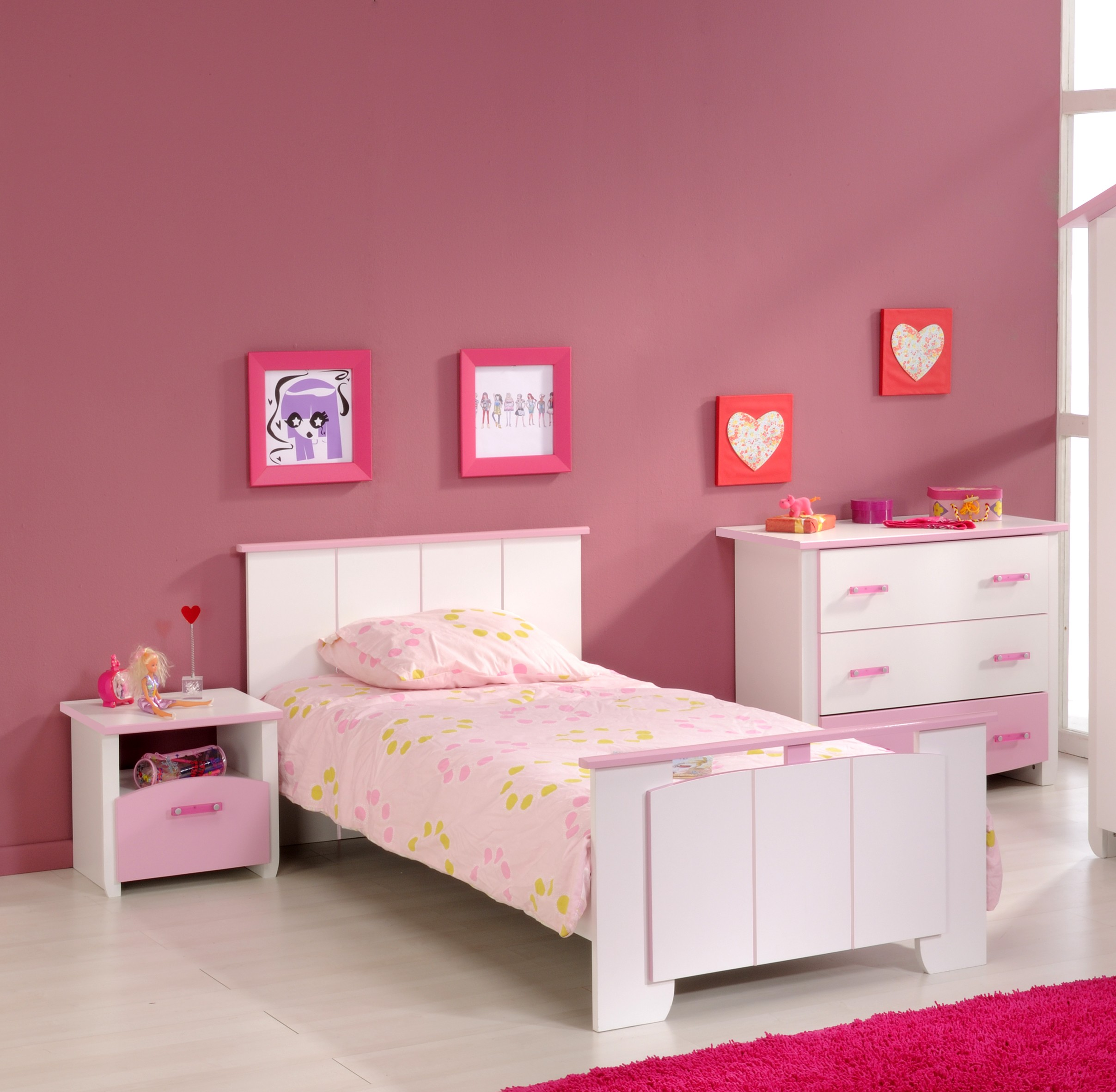 kinderzimmer set kinderbett kommode nachttisch parisot. Black Bedroom Furniture Sets. Home Design Ideas
